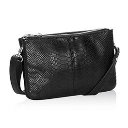 Street Style in Black Beauty Snake - 8082